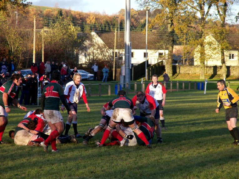 SELKIRK GRIND OUT A GUTSY VICTORY IN THE BORDERS